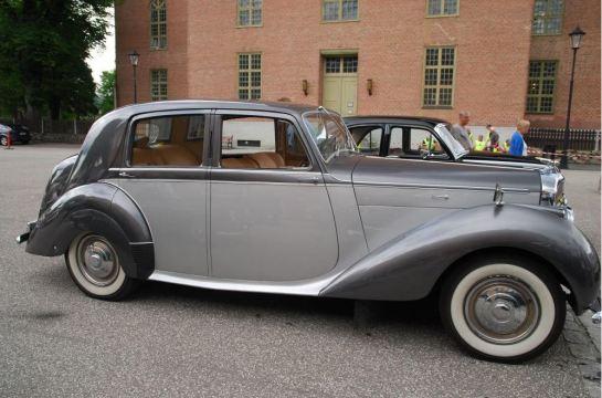 Bentley -47